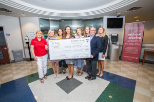 Shenandoah PA Class of 2019 presents gala money to Special Love Inc.